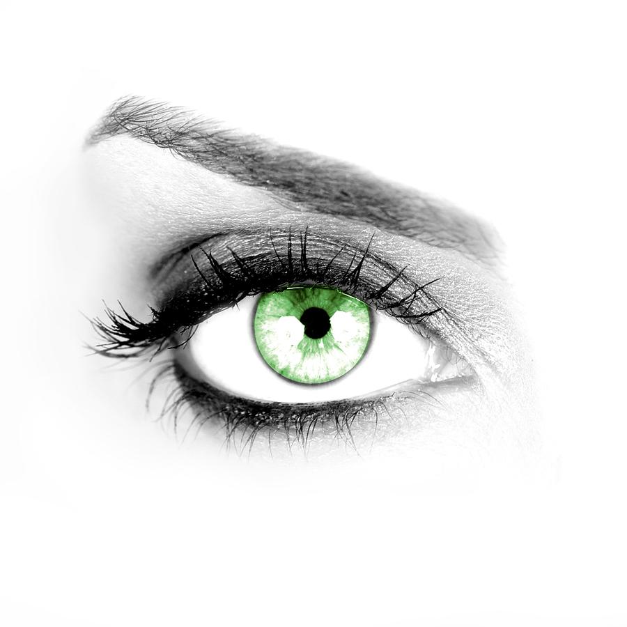 bigstock Macro shot of a woman s green 15694853 - Festlinser